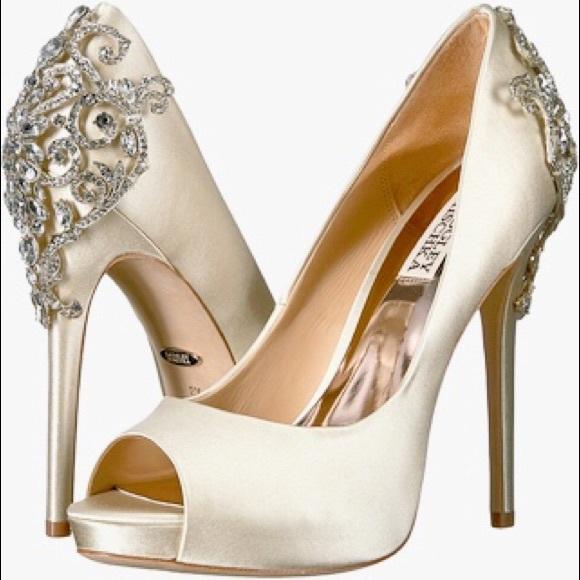 4e9627a6cf Badgley Mischka Shoes - NEW Badgley Mischka Karolina open toe heels